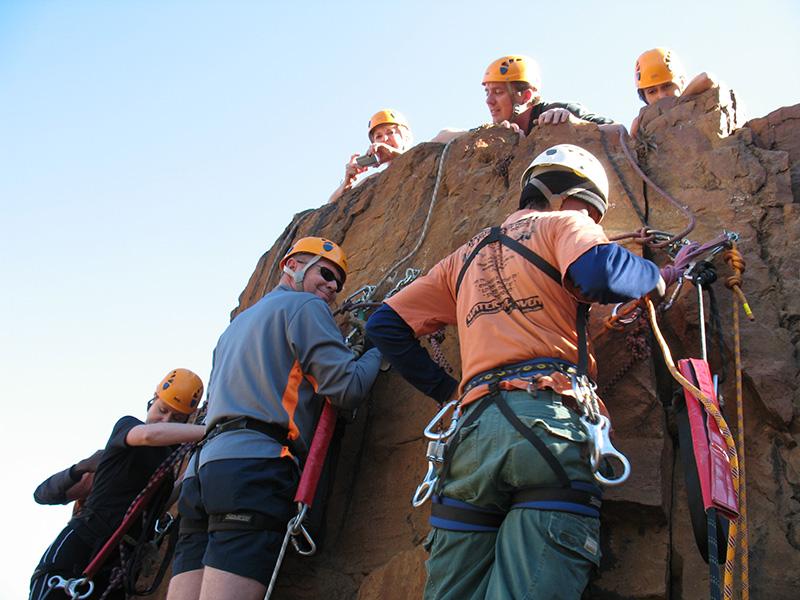 Kletterausrüstung Geocaching : Geocaching spezialkurs klettern kletterschule pfalz